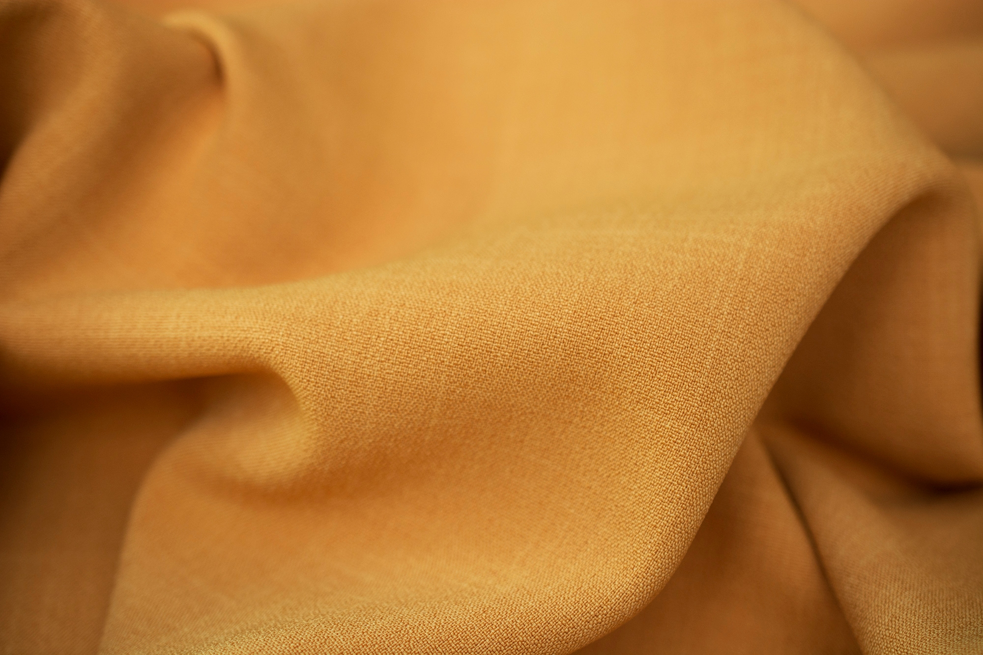 sukienka z gumowymi ozdibami zara