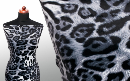 DZIANINA WELUR GREY PANTHER PATTERN