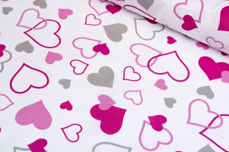 PŁÓTNO BAWEŁNIANE MULTI PINK HEARTS