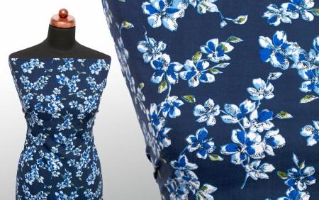 TKANINA WISKOZOWA INSIGNIA BLUE FLOWERS