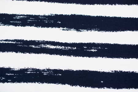 DRESÓWKA NAVY SCRATCH STRIPES