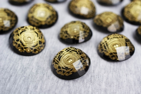 GUZIK PLASTIKOWY GOLD PATTERN #1
