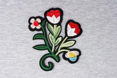 APLIKACJA FLOWERS RED BLACK/WHITE